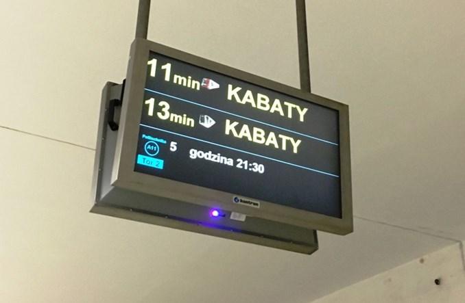 Powstanie koncepcja ekranów na I linii metra o odjazdach komunikacji naziemnej