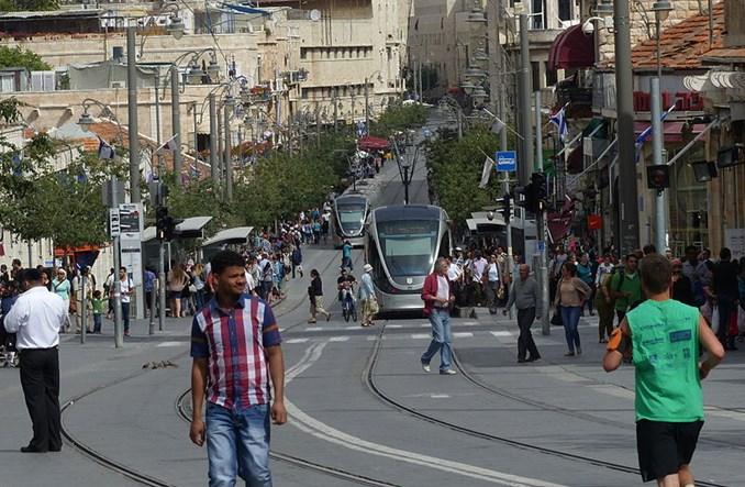 Jerozolima. Gdzie miejsce dla kobiet w ortodoksyjnym tramwaju?