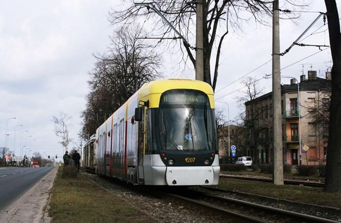Łódź: Karta płatnicza jako bilet na kolejnej linii