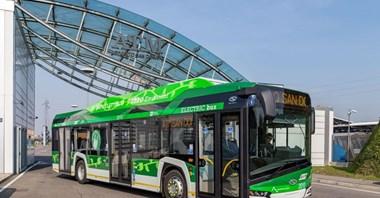 10 Solarisów Urbino electric już w Mediolanie. Będzie kolejnych 15