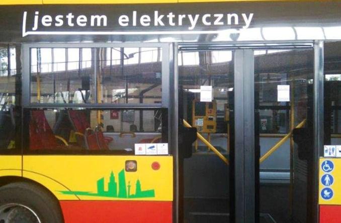 """Warszawa. Nagroda """"Lider Elektromobilności"""" dla MZA"""