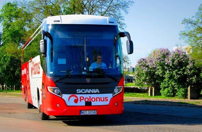 Polonus ma taksówkową promocję. Dojazd na i z dworca za pół ceny