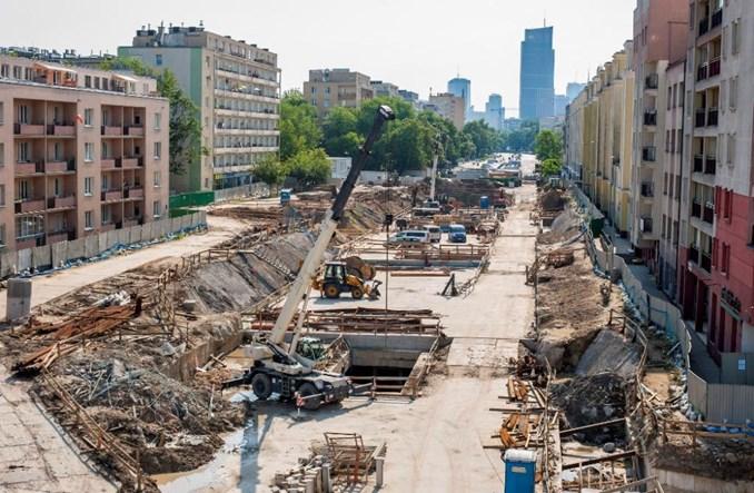 Warszawa: Górczewska nad metrem na Woli jednak węższa
