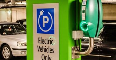 Jak naprawić ustawę o elektromobilności?