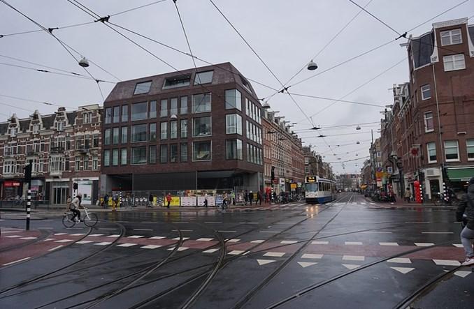Amsterdam. W obliczu komunikacyjnej rewolucji