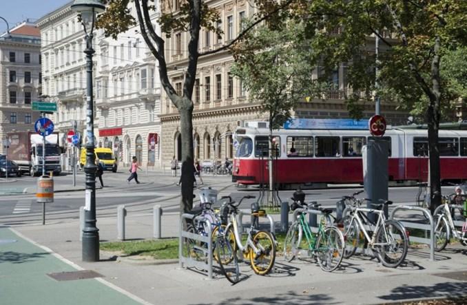 Wiedeń. Cztery razy mniej ofiar wśród pieszych niż w Warszawie
