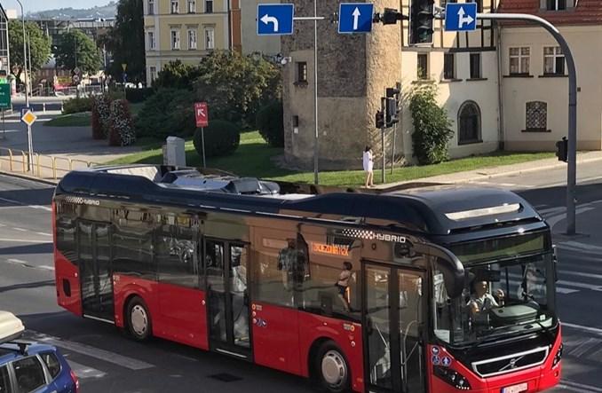 Jelenia Góra. Hybrydowe autobusy Volvo już dojechały