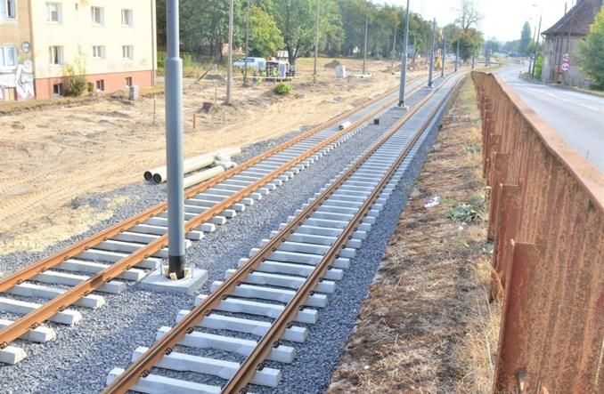 Gorzów: Praca przy odnowie sieci tramwajowej wre (zdjęcia)