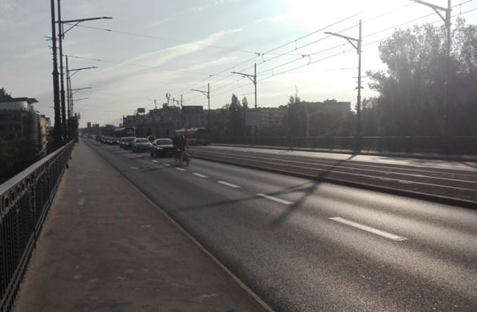 Jak aktywiści, zgodnie z przepisami, zablokowali most Poniatowskiego
