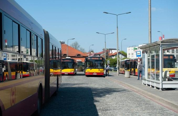 Warszawa: Z Konstancina na Kabaty, autobusy na Nałęczowskiej i Nowolazurowej