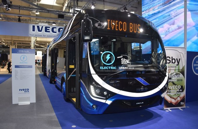 """""""Półtrolejbus"""" od Iveco w Hanowerze. Będzie powrót """"szelek"""" do miast?"""
