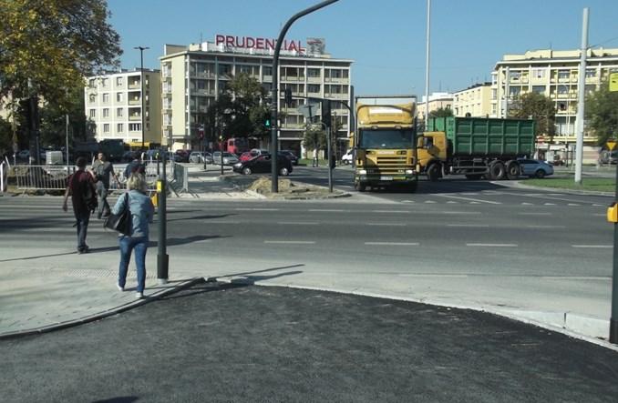 Łódź: Rondo Solidarności w końcu z pełną infrastrukturą rowerową