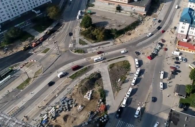 Olsztyn: Blisko docelowej organizacji ruchu przed dworcem. Nie obejdzie się bez poślizgu