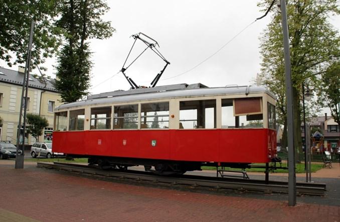 Konstantynów Ł zdążył z wnioskiem tramwajowym i szykuje dach dla zabytkowej 2N2