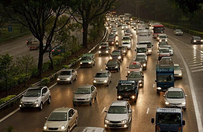 Raport ONZ: Będzie katastrofa, jeśli nie zmienimy nawyków transportowych
