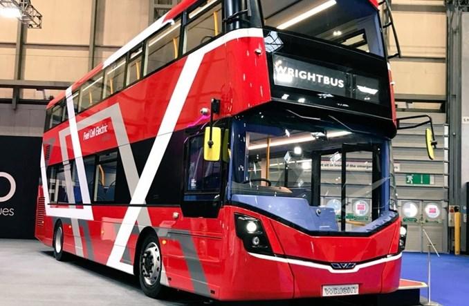 Brytyjczycy zaprezentowali pierwszy wodorowy autobus piętrowy