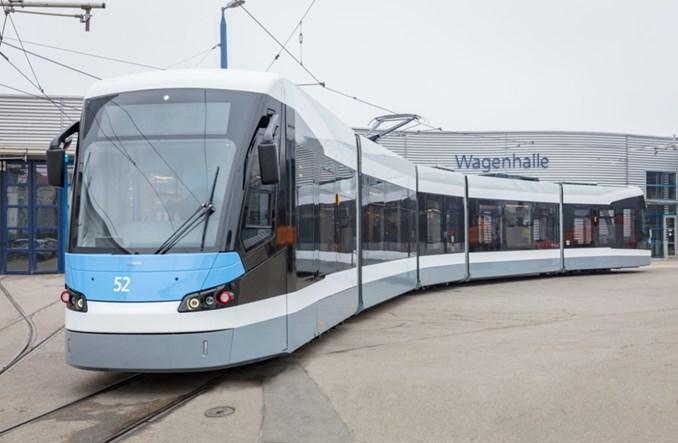 Ulm z nową linią tramwajową i nowymi Avenio