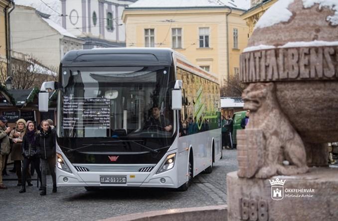 Węgry. Chińczycy zbudowali autobus razem z Ikarusem