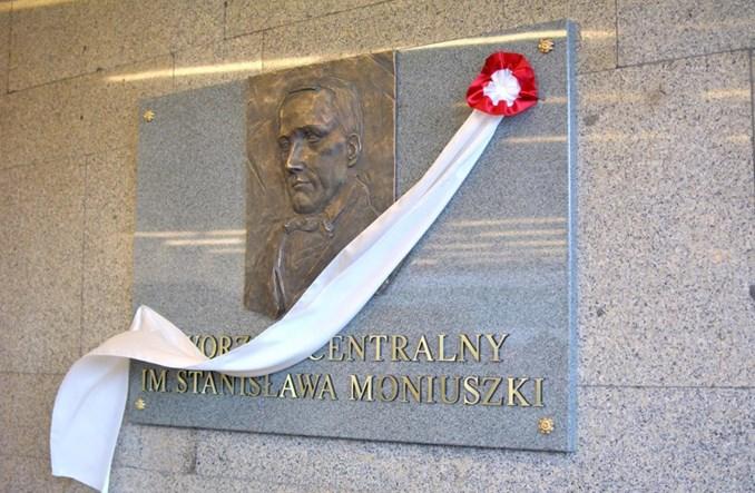 Warszawa Centralna stała się Dworcem Moniuszki. W Poznaniu – Paderewski