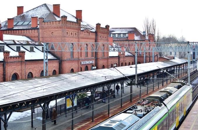 Co trzeba poprawić na dworcu w Skierniewicach?