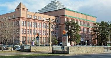 ZTM sprawdzi, czy na stacji Pole Mokotowskie można dobudować windy