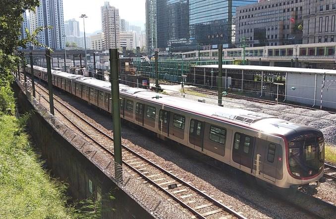 Hongkong. Zderzenie pociągów metra podczas testów systemu sterowania