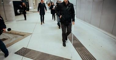 Łódź Fabryczna: Ułatwienia dla niewidomych w części autobusowej