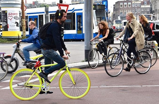 Holendrzy w 2018 r. wydali więcej na rowery elektryczne niż na zwykłe