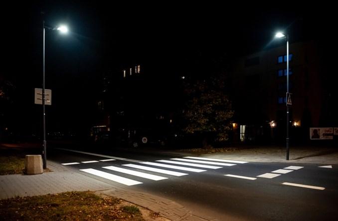 Warszawa W Tym Roku Doświetlenie Blisko 400 Przejść Dla