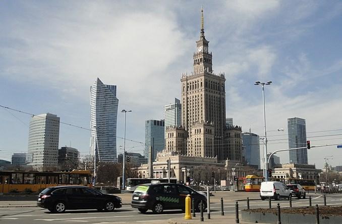 """Rafał Trzaskowski """"marchewkowy"""". Kierowców nie tknie [komentarz]"""