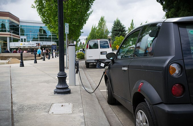Samochód elektryczny może być mobilnym bankiem energii