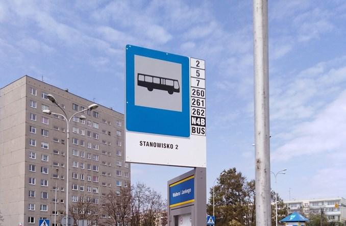 Pabianice: Poprawia się standard przystanków autobusowych