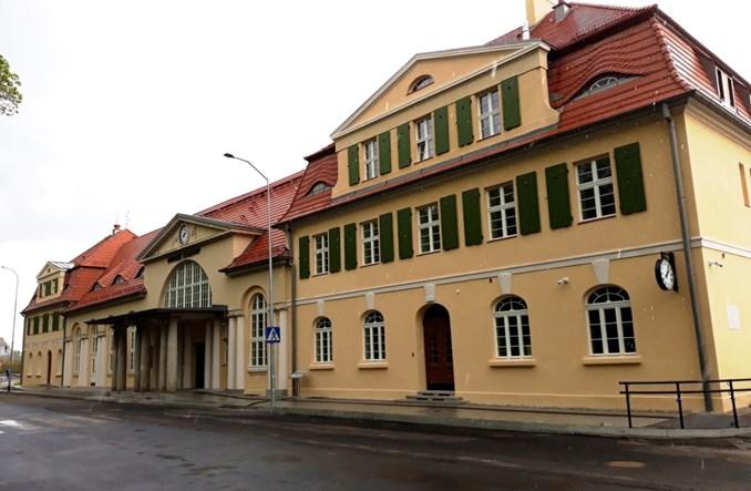 Dworzec w Żaganiu otwarty dla podróżnych