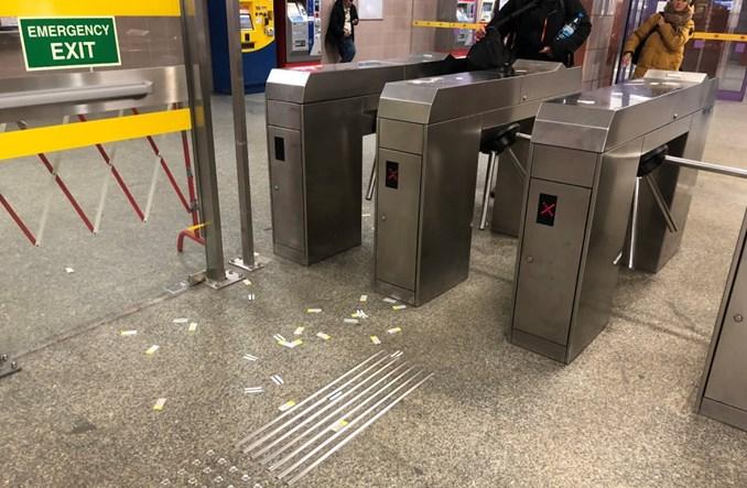 Warszawa: Milion zł na wejściówki do metra. ZTM je bardziej ukryje