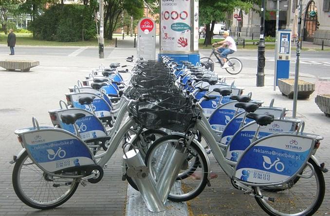 Czy na mikromobilności można zarobić bez współpracy z miastem?
