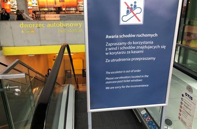 PKP SA wreszcie wymienią niedziałające schody w Katowicach. Po dwóch latach