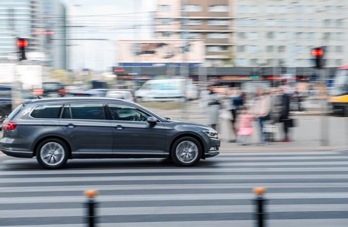 Warszawa: Osiem firm powalczy o e-parkowanie