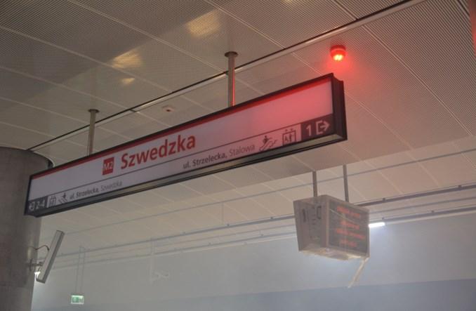 Metro: Próbne zadymienie stacji Szwedzka (zdjęcia + video)