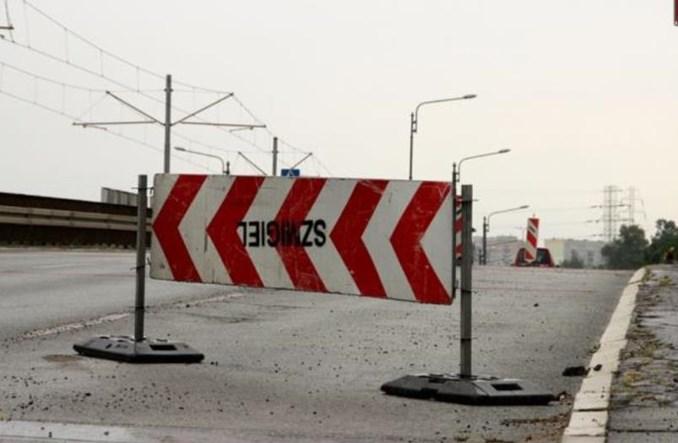 Łódź: Autobusy wycofane z wiaduktu Przybyszewskiego. Kiedy nowy obiekt?