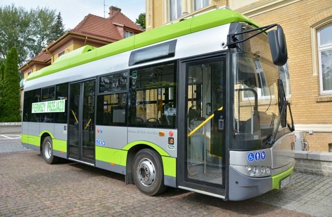 Ostróda. Nowe Solarisy wyruszyły w miasto