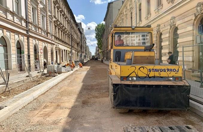 Łódź: Opóźniona przebudowa Nawrot zakończy się we wrześniu
