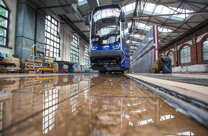 Cztery nowe tramwaje pojadą do Grudziądza. Umowa podpisana