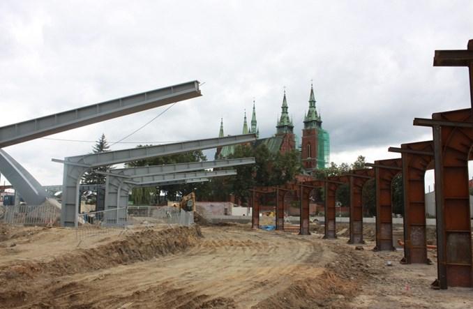 Kielecki dworzec-spodek PKS nabiera już kształtów (zdjęcia)