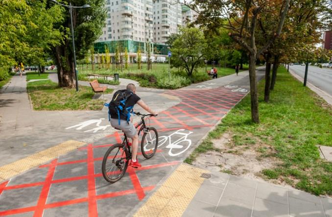 Warszawa. ZDM testuje rozwiązania dla skrzyżowań rowerowo-pieszych