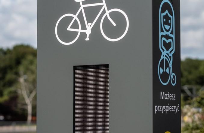 Warszawa. Pierwszy totem rowerowy już stoi i działa