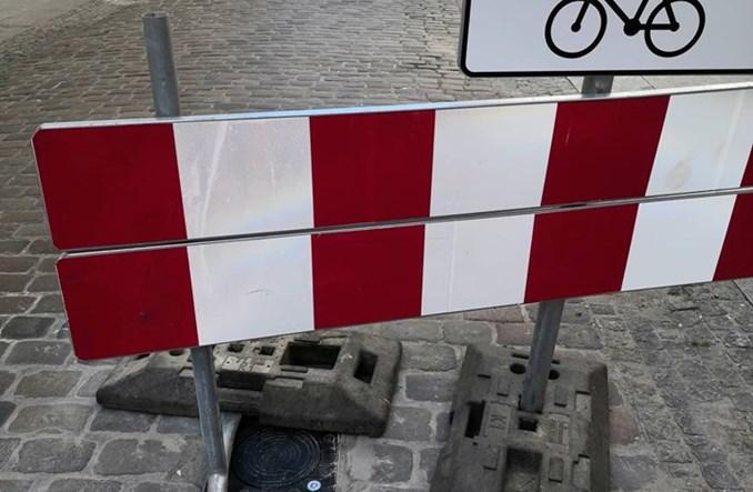 Bydgoszcz. Stary Rynek bez aut. Będą słupki wysuwane z bruku