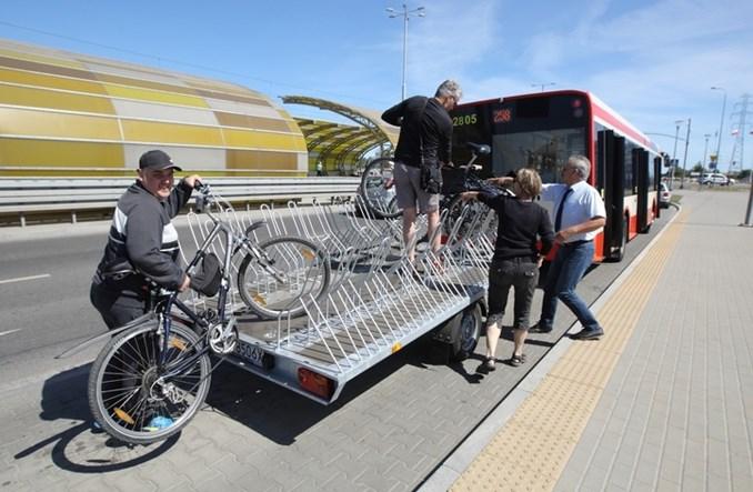 Most Poniatowskiego: Zamiast drogi rowerowej autobusy z przyczepą?