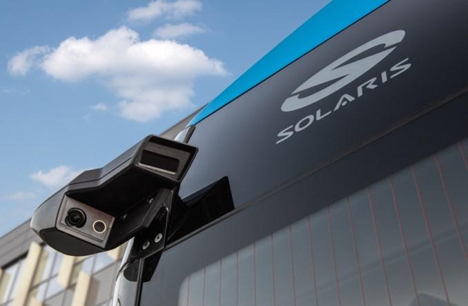 Solarisy naszpikowane elektroniką. Zyskały CMS