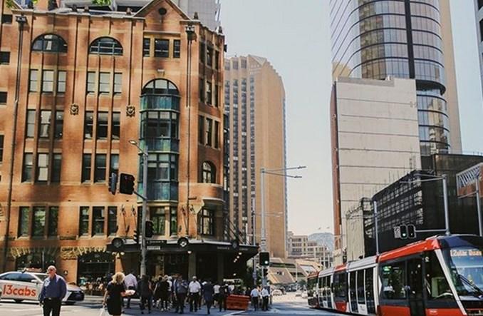 Sydney. Pub założył się o tramwaj. Stawką… piwo dla całego miasta