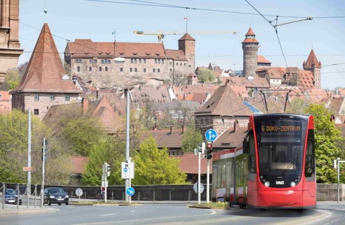 Norymberga zamawia 12 tramwajów Avenio od Siemens Mobility